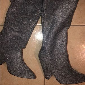 Brand new ‼️ Showstopping glitter boots size 7